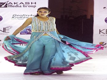 Fashion-Gala-enthrals-audience-Pakistan-2010