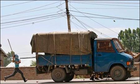 a-boy-attacks-the-police-wagon