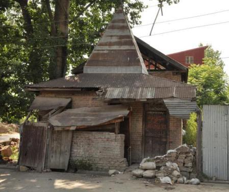kashmir-siva-temple-2010