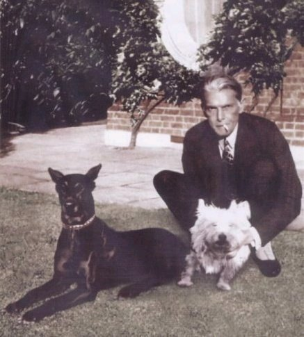 Jinnah-with-Dogs
