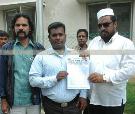 தமிழ்நாடு சுன்னத் ஜமாஅத் அமைப்பின் மாநில பொதுச்செயலாளர் அக்ரம்கான்