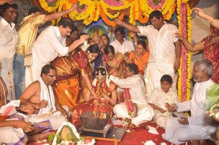 இரண்டாவது திருமணம் திருப்பதியில் 2011
