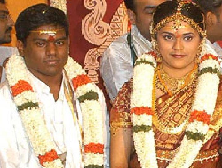 முதல் திருமணம் சுஜயா சந்திரன் 2005.