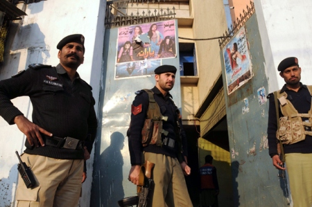 Bomb attack at Pakistan cinema kills 11