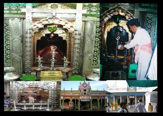 Inside Nagore Dargha pillars, lamps etc