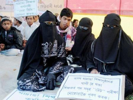 பெண் ஜிஹாதிகலுக்கு madrasas பயிற்சி