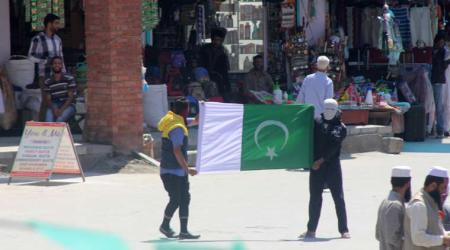 kashmir-Pakistan flag shown