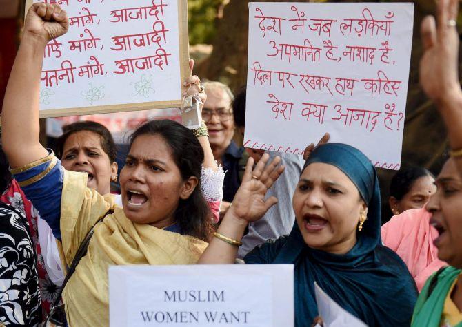 Women protest in Mumbai