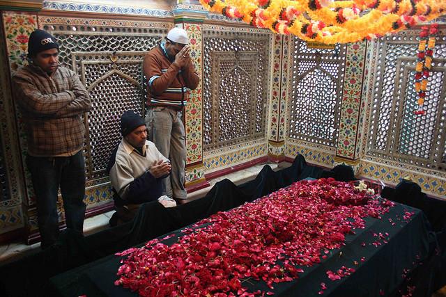 Muslim worshipping inside Amir Khusros Tomb Sahil Ahuja Pixelated Memories