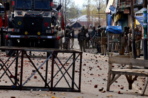 Scene after massive stone-pelting in Handwara on Tuesday 1204-2016- Firdous Hassan-GK