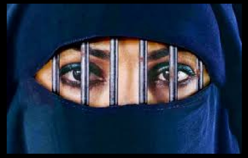 madras-high-court-bans-sharia-court-woman-position