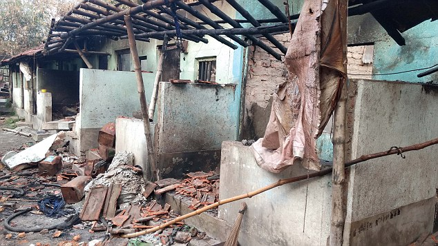 charred-remains-of-the-households-at-dulagarh
