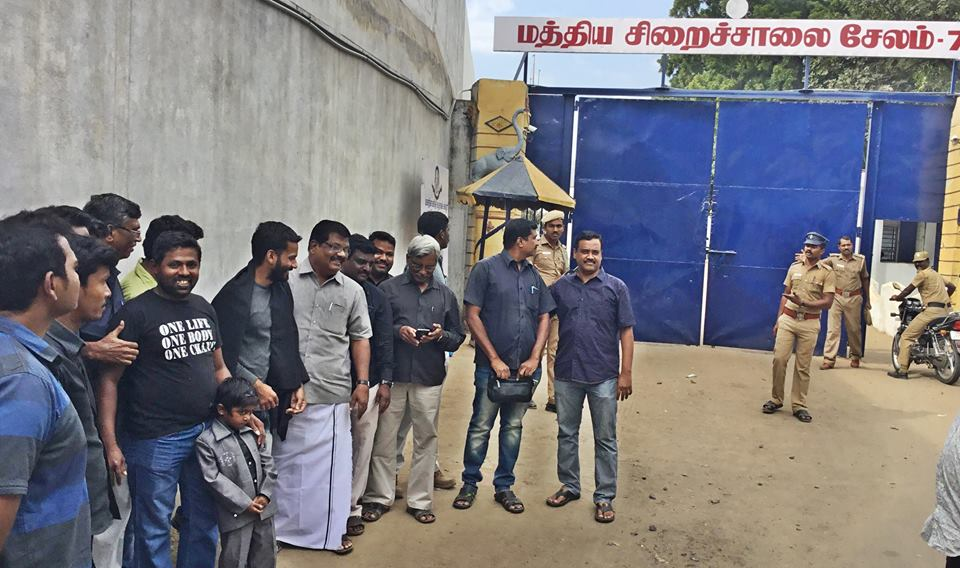 Farooq released from jail and received by Kolattur Mani.