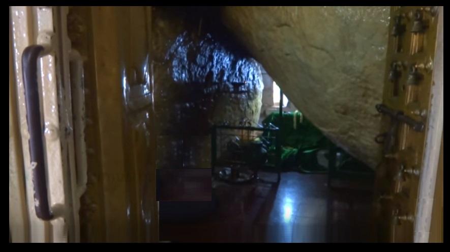 Dargah interior- tomb-withh bell-door