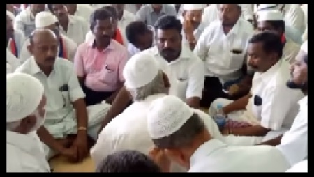 Thiruma-at Bomminaicketpatti- with Muslims sitting on the floor-12-05-2018-1