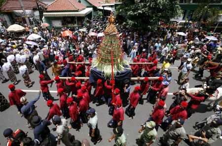 Bara Rabi Awwal how celebrated - Yogyakarta on the Indonesian island of Java, March 9, 2009.3